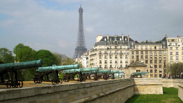 Eiffel Cannons